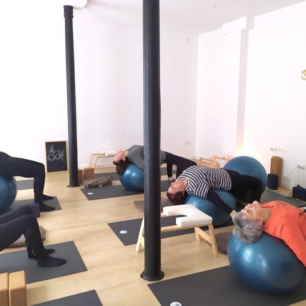 yoga-para-mayores